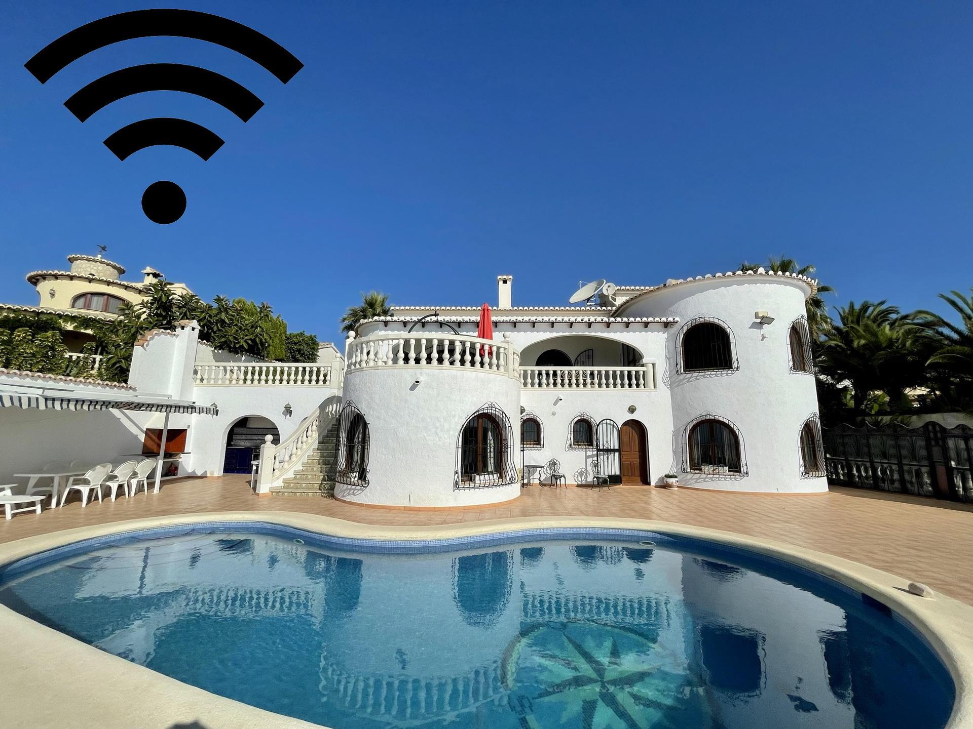 Villa -                                       Benitachell -                                       4 bedrooms -                                       8 persons